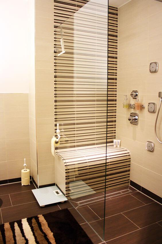 Funktionale Raumgestaltung zum Wohlfühlen: Umgestaltung eines 50m² großen Raumes in eine Wohnung mit Badezimmer, Büro, Hauswirtschaftsraum und Gästezimmer.